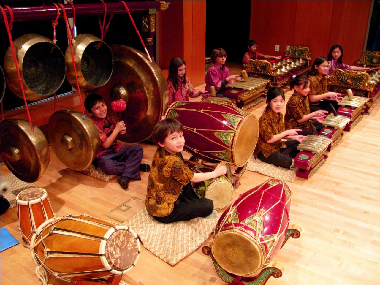 Gamelan Musik Tradisional Yang Masuk Kurikulum Di As Indonesia Proud