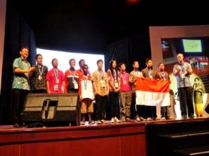 indonesia juara pada kategori creative robot and energy saving robot di indonesiaproud wordpress com