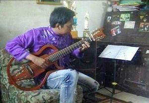 Bayu dg gitar hybrid 12 dawai di indonesiaproud wordpress com