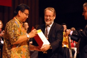 Platinum Awarding Exodia di indonesiaproud wordpress com