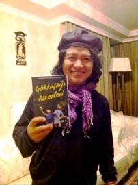 Andrea Hirata dg novel LP versi Turki di indonesiaproud wordpress com