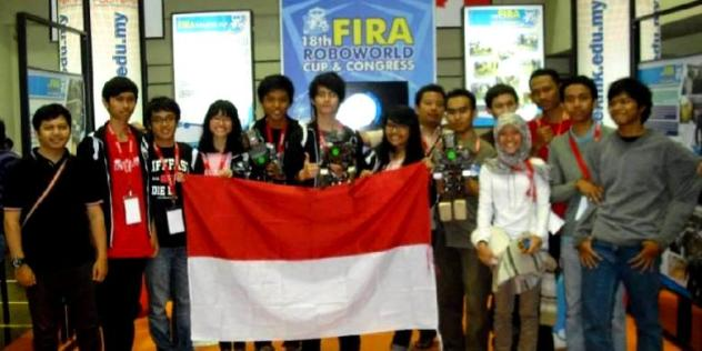 Fira Roboworld Cup 2013 di Indonesiaproud wordpress com