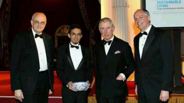 Gamal dan Pangeran Charles di indonesiaproud wordpress com