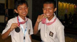 M Iqbal Fauzi dan Aristio Kevin A Pratama di indonesiaproud wordpress com